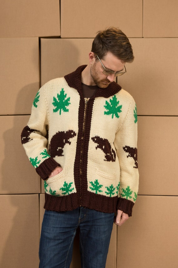 Vintage Cowichan Sweater - Classic Canadian Knit Beaver Pattern Cardigan - Men's / Women's Medium Size Canadiana Jumper
