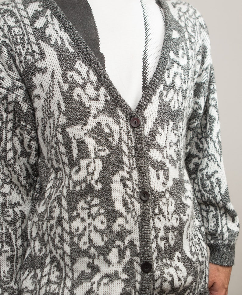 Ornate Pattern Medium Size Grey and White Button Acrylic Jumper for Him Gift for Dad Vintage Grey Cardigan