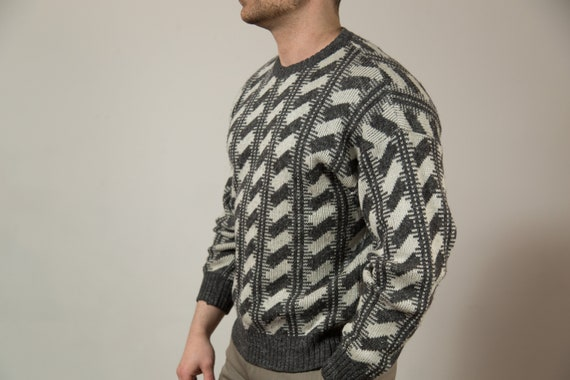 Vintage Wool Sweater / Medium Italian Made Grey and White Pullover - Made in Italy - Pure New Wool Geometric Pattern