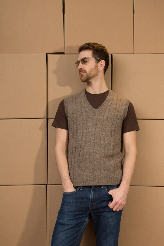 Vintage Men's Medium Size Brown Taupe Knit Wool Vest - Casual Preppy solid knit Sporty Autumn Golf Top