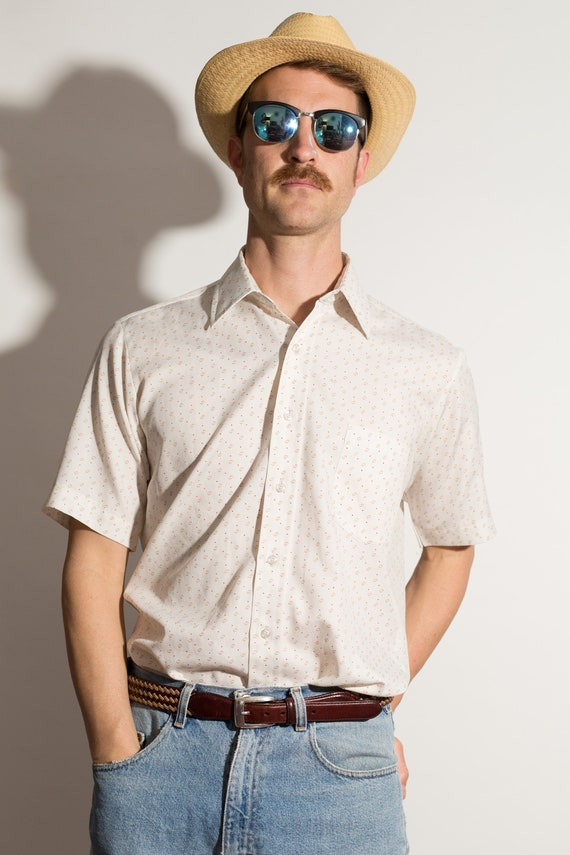 Vintage Men's Shirt - Off-white Medium Size Short Sleeved Summer Casual shirt with Allover Geometric Pattern
