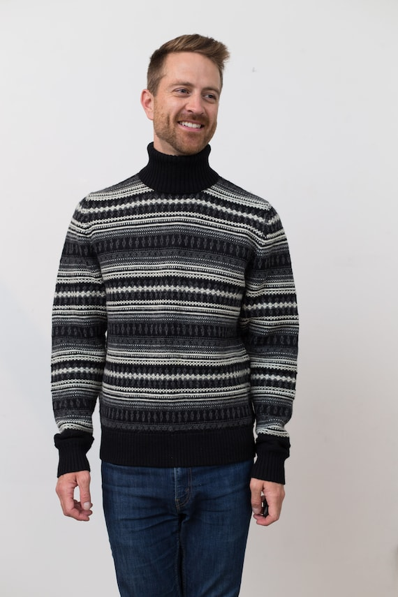 Vintage Men's Sweater - Club Monaco Black and White Medium  Blue Geometric Patterned Knit Pullover - Long Sleeved Turtleneck Jumper