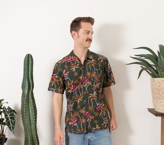 50/'s Medium Size Men/'s Button up Casual Short Sleeved Tiki Aloha Summer Tropical Beach Shirt with Trees and Flowers Vintage Hawaiian Shirt