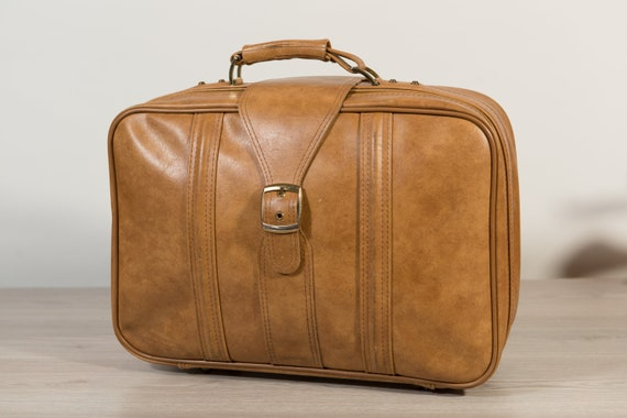 Vintage Overnight Bag - Tan Brown Faux Leather Retro Carry on Suitcase for Office, Travelling