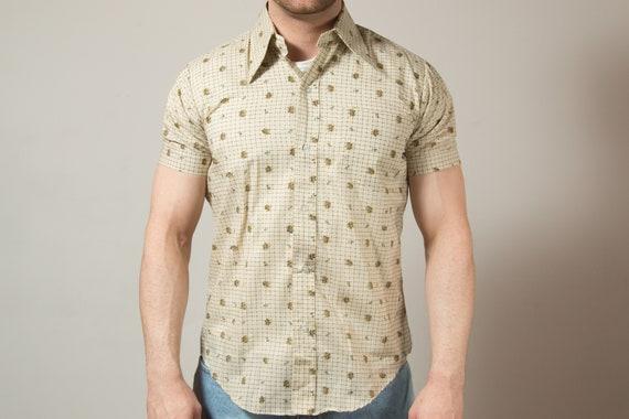 Vintage Beige Shirt / Woolcrest Mens Medium Tropical Button up Casual Short Sleeved Floral Pattern Summer Beach Shirt