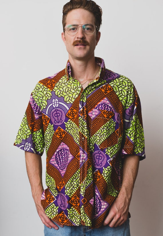 Vintage Hippie Shirt - Mens Large Button up Casual Short Sleeved Acid Trip Boho Summer Shirt - Fresh Price Abstract Geometric Shirt
