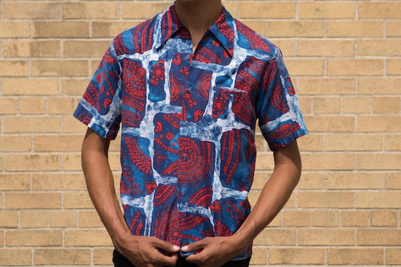 Vintage Abstract Shirt - 70's Medium Size Men's Abstract Hawaiian Tikki Button up Short Sleeved Aloha Shirt