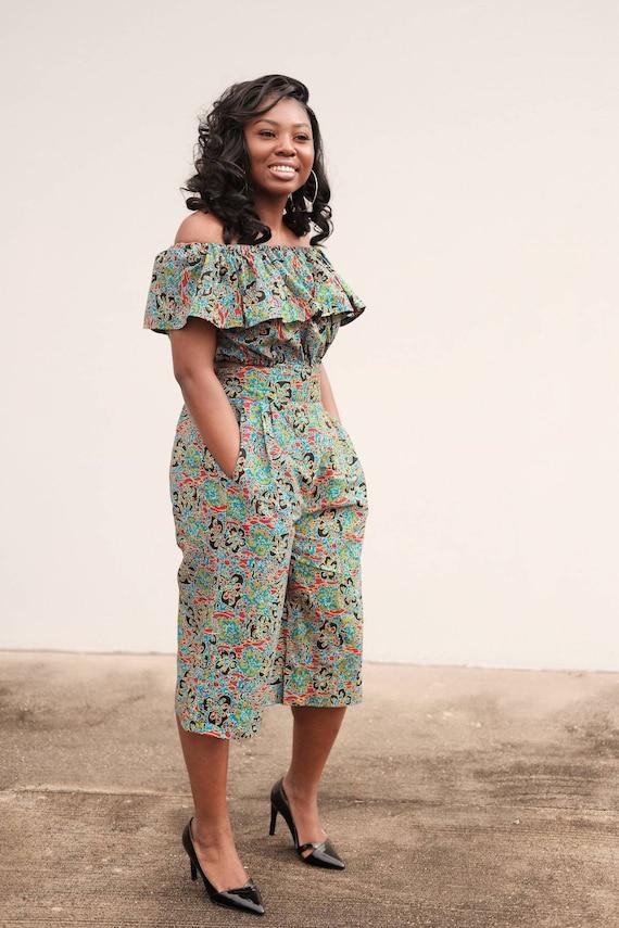 Ankara Set 2 Pcs Of Off Shoulder Crop Top And High Waist Knee Length Baggy Capri Pant African Print African Fashion African Clothing
