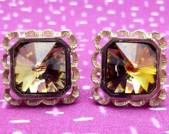 Vintage Danté cuff links - gold etched metal with large square octagon rivoli rhinestones - Sahara topaz/green