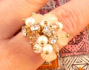 Vintage cha cha ring - gold with pink, pearl, clear beads