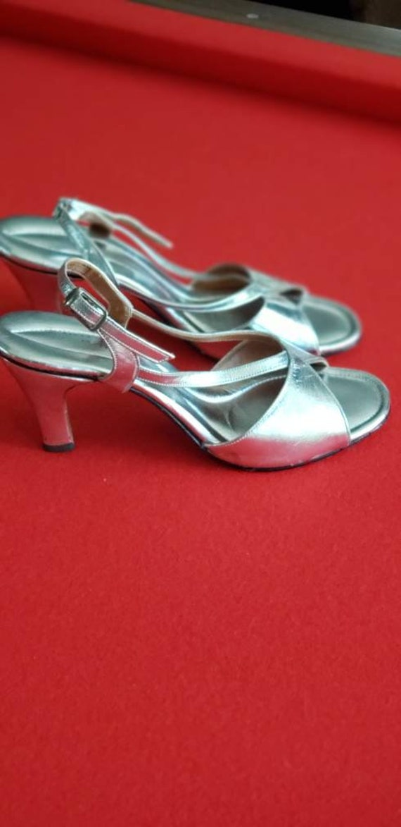 Vintage 60s/70s POLLY of California Silver Heels - image 6