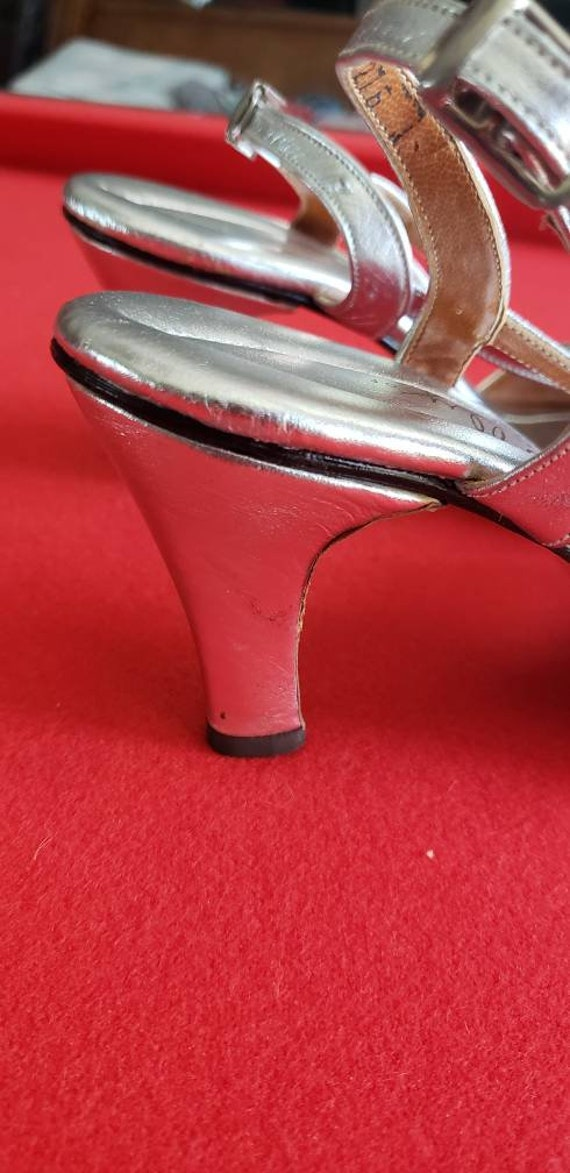 Vintage 60s/70s POLLY of California Silver Heels - image 4