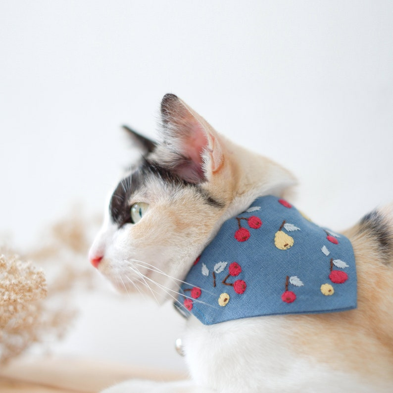 Two Piece Bandana with Ball Personalize Cat Collar Breakaway for Adult Botanical Forest Collar Pet Forest Cute Collar for cat girl