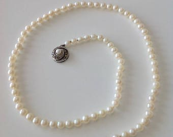 Cultivated freshwater pearls sterling silver necklace