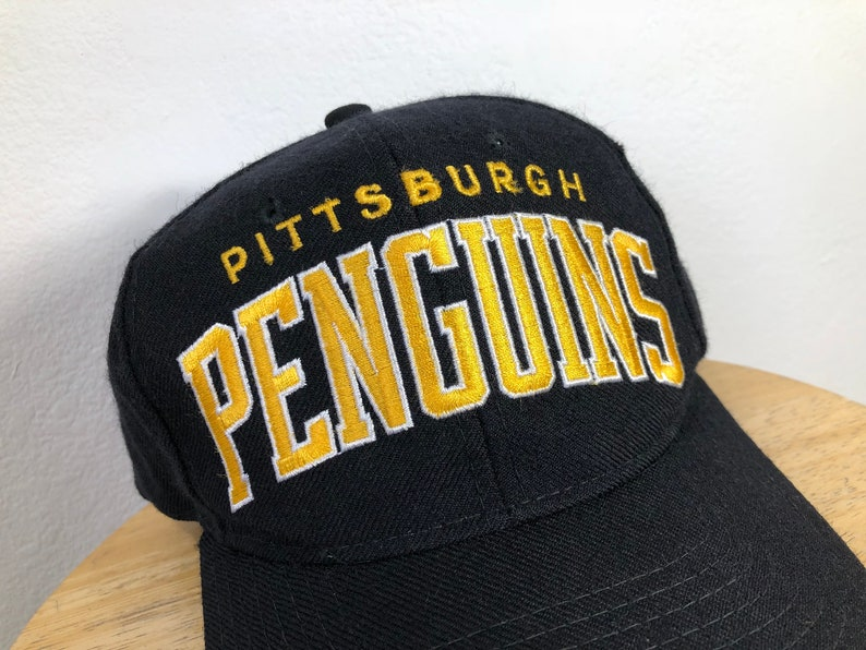 93949b721282e Starter Pittsburgh Penguins arch style snapback hat