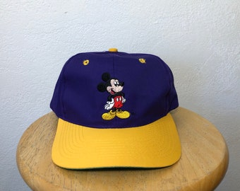 Vintage Mickey Mouse snapback Lakers colorway