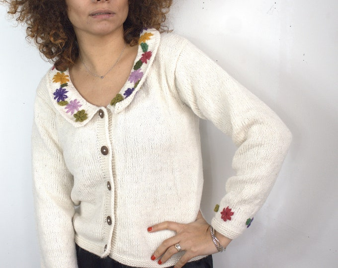 FLOWERS SWEATER