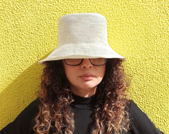 TATY BUCKET HAT