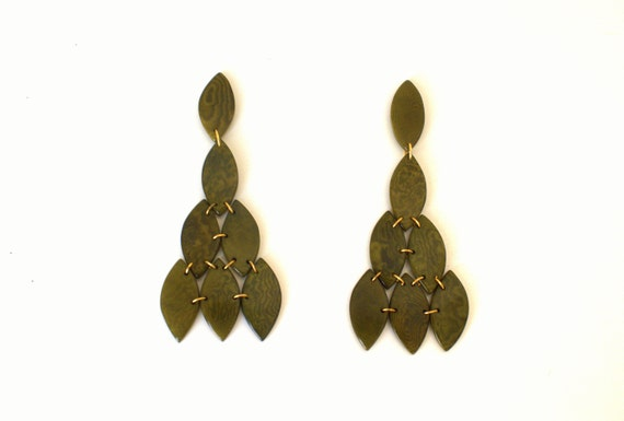 OLIVA TAGUA EARRINGS
