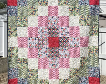 Queen Quilt Kit using Beginner Trip Around the World Pattern from QuiltieSisterS.  Precut ready to sew!