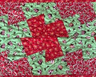 Christmas Presents Table Runner, Beginner Quilt Kits, Easy Christmas Table Runner, Christmas Runner Quilt Kit From QuiltieSisterS.
