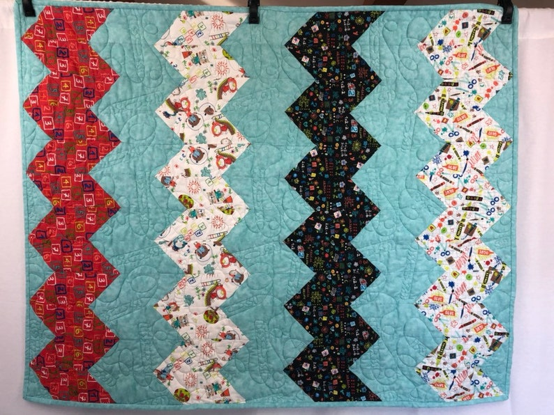 Beginner Quilt Project.  Baby Quilt Kit with pre-cut Chevron image 0