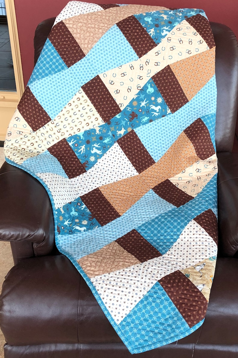 Western Throw Quilt Kit From QuiltieSisterS image 0
