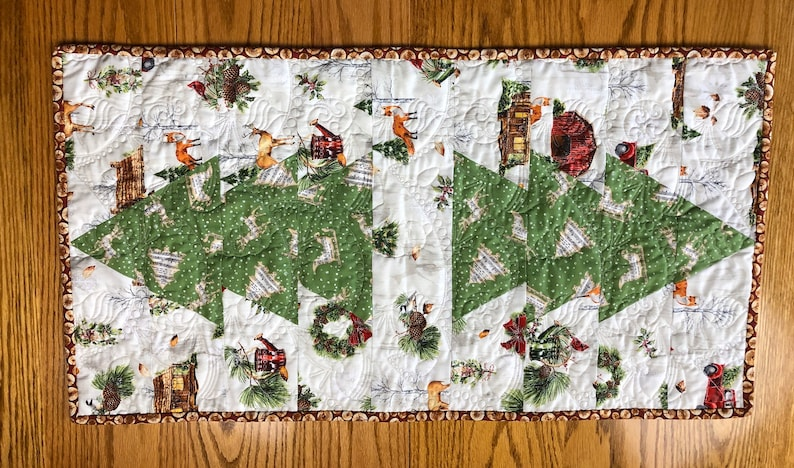 Christmas Tree Table Runner From QuiltieSisterS. image 0