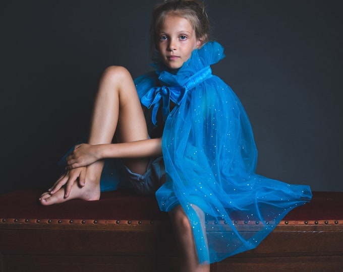 Princess cape in turquoise tulle, silver star shards
