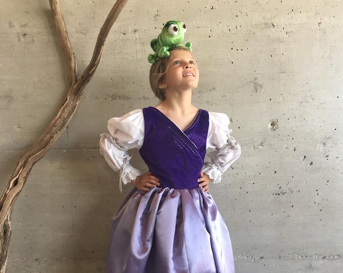 Rapunzel girl costume, luxury suit Rapunzel, purple velvet, satin and cotton