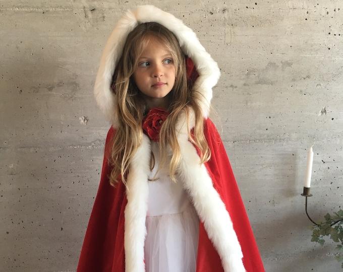Beautiful Cape costume luxury cotton velvet, satin lining, white fur, Velvet