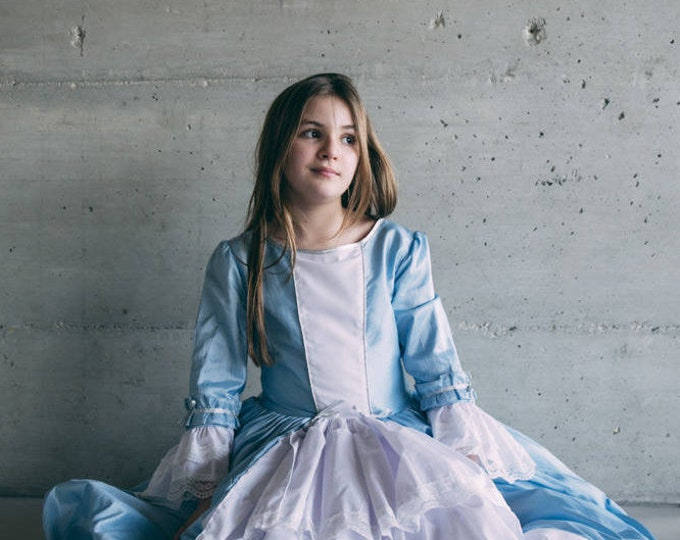 """Little Marquise"" costume, luxury princess dress, blue taffeta, white cotton, lace"