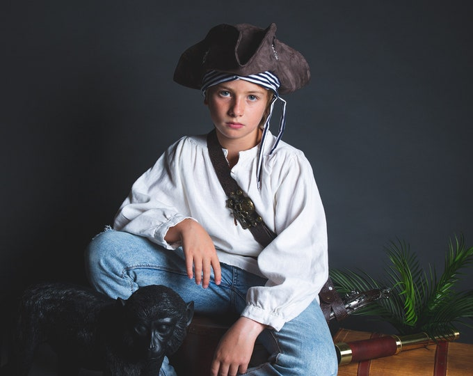 Child pirate tricorne, suede and marinière fabric
