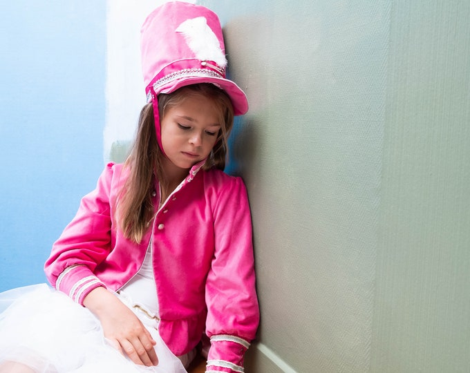 Pink velvet frock coat for girls, model Le Soldat Rose