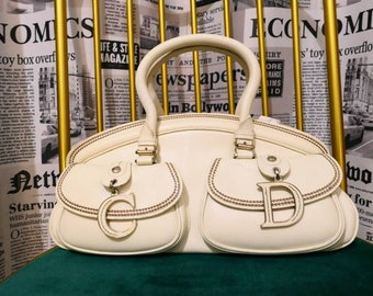 98216417bc1 Vintage Christian Dior Detective Handbag