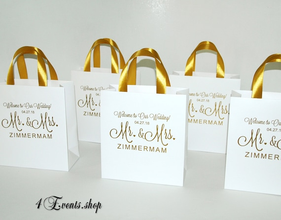 Welcome Wedding Gift Bags: Gold Mr & Mrs Wedding Welcome Bags With Satin Ribbon