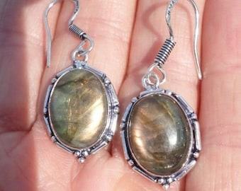 EARRINGS with LABRADORITE (BOU10)
