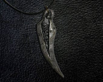 Old Hunter Badge Pendant - Bloodborne Inspired