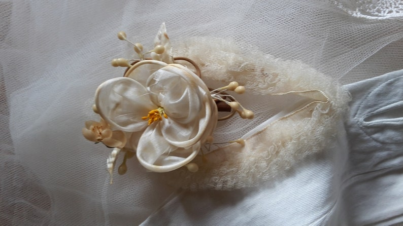 old French tiare 1900 /'s Bridal wax floral headpieces Lovely Crown of bridal fabric and wax vintage flowers