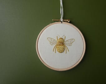 Embroidery Kit - Goldwork Bumblebee
