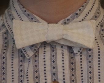 White Diamond Patterned Bow Tie