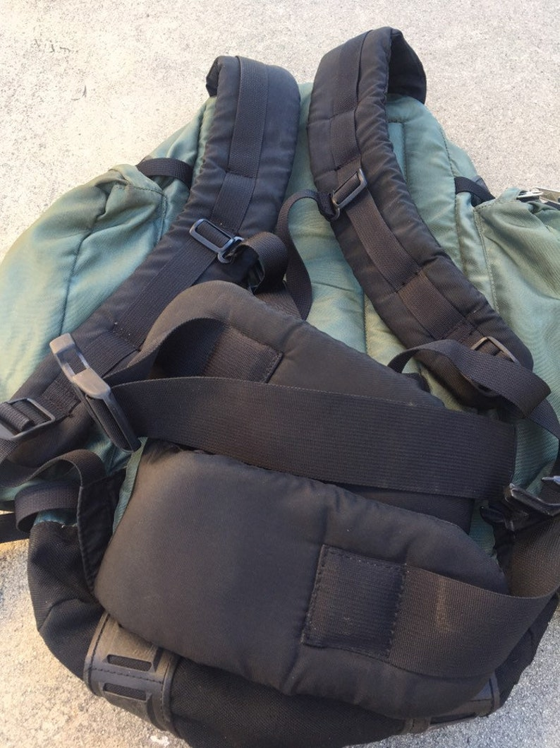Vintage Kelty Camping Hiking Travel Backpack.