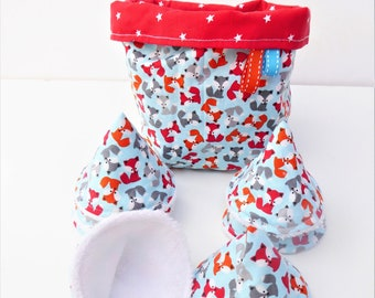 8 pee cones, pee pares, pee teepees, protects cotton and sponge pee and their matching basket.