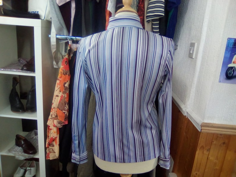 Ladies Shirt Style Blouse Vintage Blouse 1970s White Multi Tone Blue Vertical Stripe Cute Small Turn Back Collar Long Sleeved Size 14