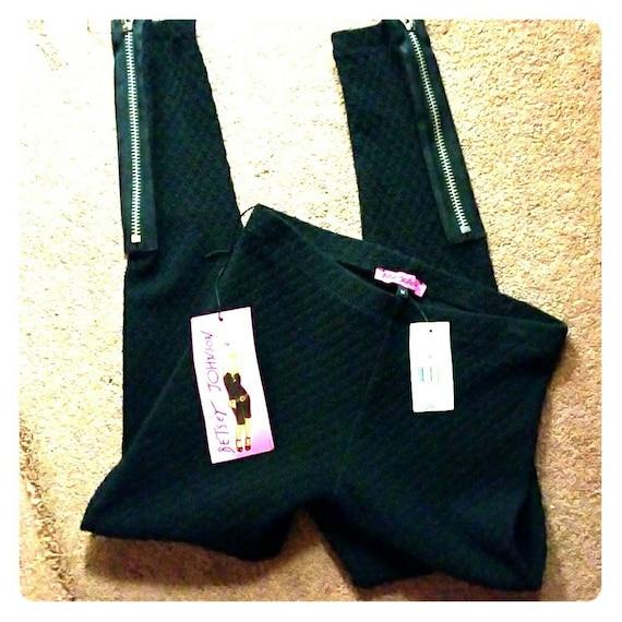 NWT Vintage Betsey Johnson Black knit Sexy Zipper… - image 1