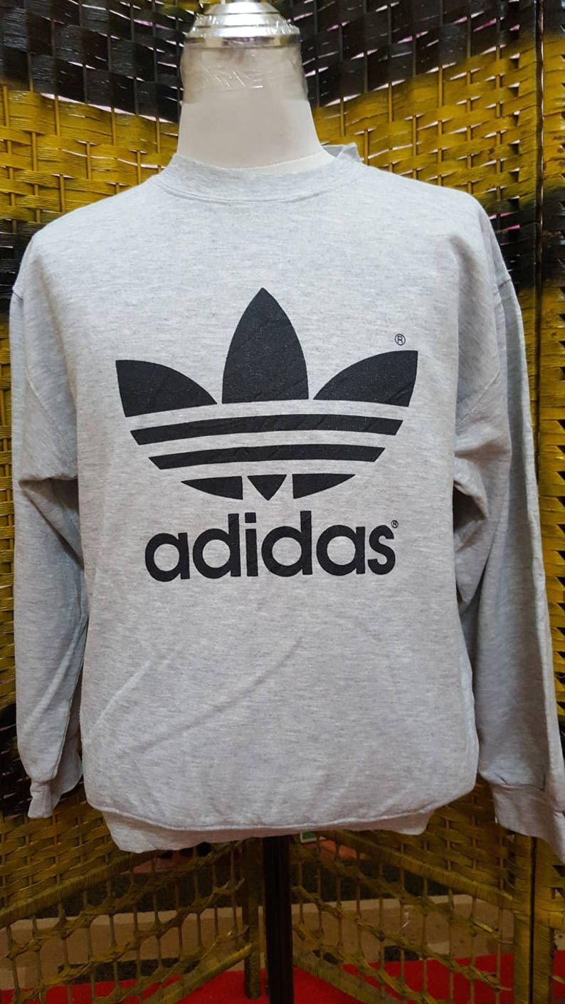 Vintage ADIDAS TREFOIL big logo three sriped medium size sweatshirt (DQ14)