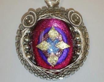 Elf-Eye Glass Pendant