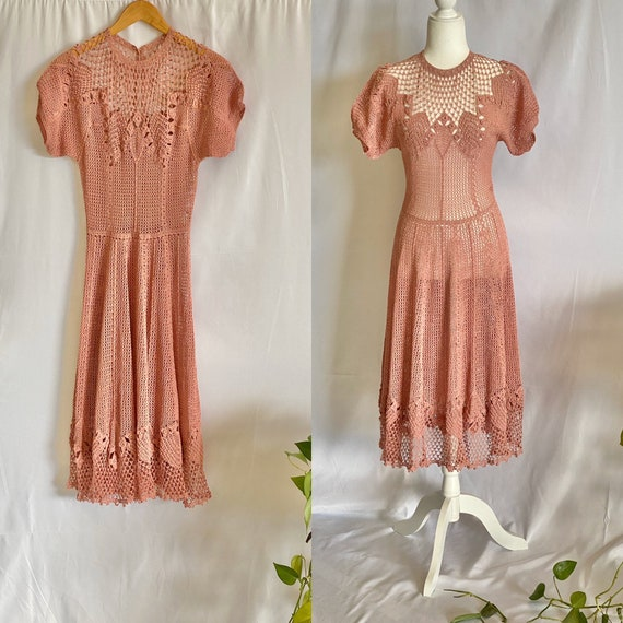 Vintage 70s Crochet dress scalloped hem