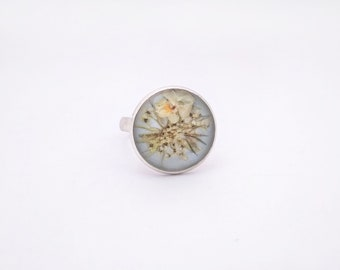 Real  flower ring Resin little field wild flowers ring Real pressed flower jewelry Eco statement adjustable ring Nature resin ring