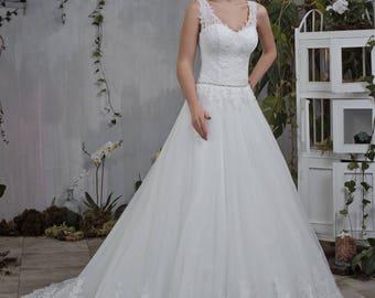 Wedding dress wedding dress Kelly + Princess dress Ivory beadwork Lace